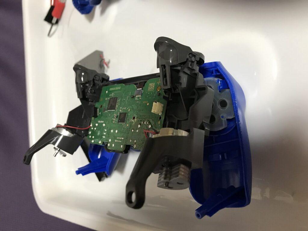 PS4コントローラー 振動モーター